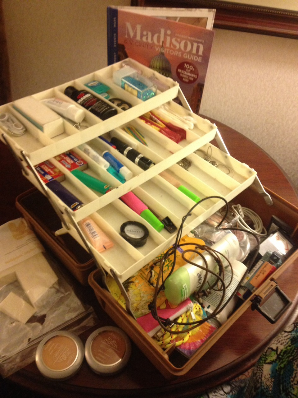 Easy Way To Organize Makeup