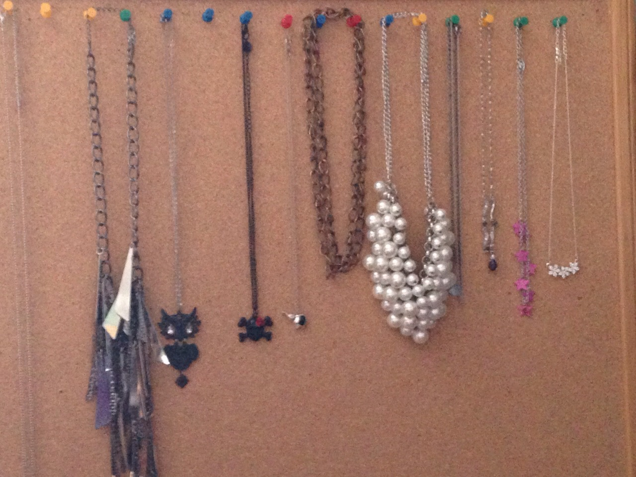Hang Jewelry With Tacks And A Cork Board Musely