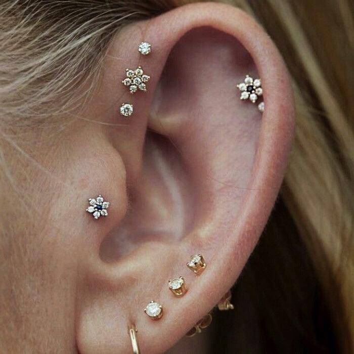 Ear piercings musely