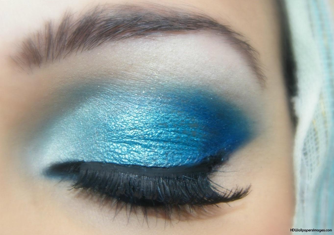Идеи макияжа для голубых глаз фото