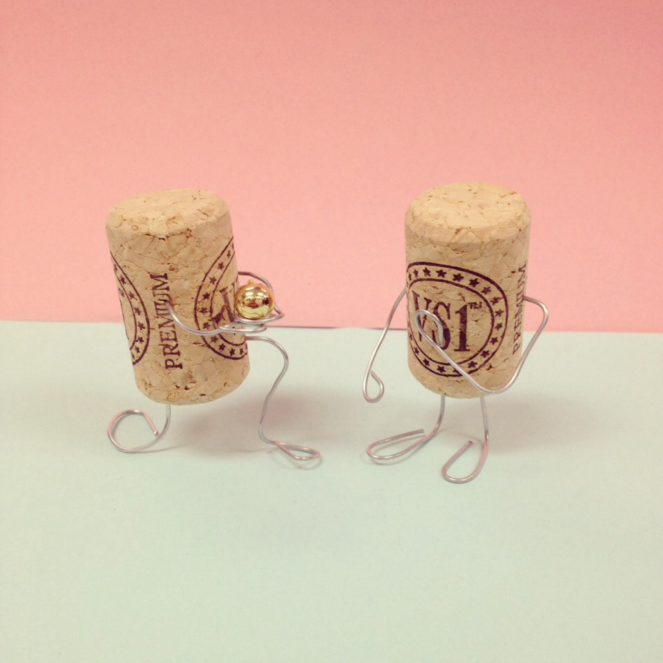 Cute ways to use up old corks wire and other household for Other uses for household items