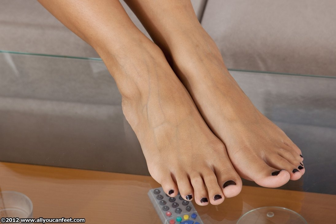 Asian sexy feet pics