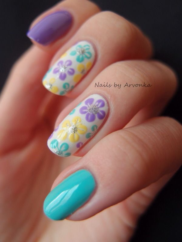 Цветы на ногтях гель лак