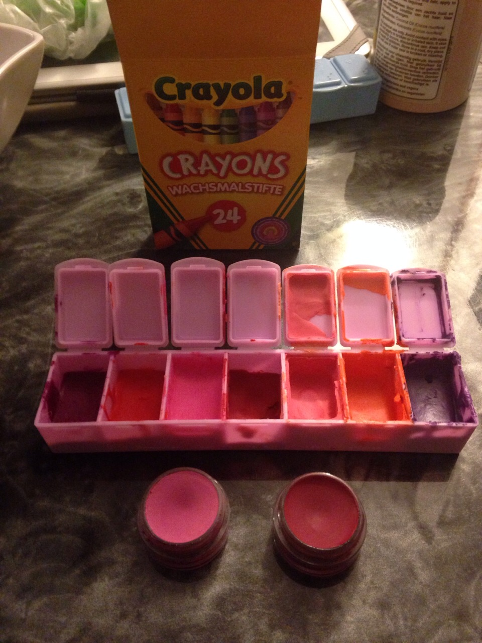 how to make lipstick out of crayons and coconut oil
