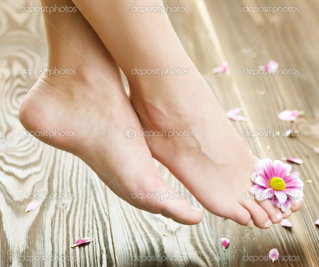 how to get rid of peeling skin on feet