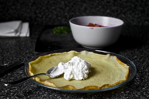 Sugar Plum Crepes With Ricotta And Honey - Musely