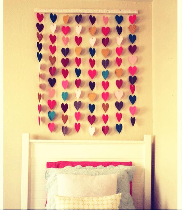 Как сделать своими руками украшение для комнаты