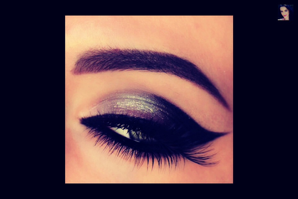 Gorgeous Cat Eye Make Up