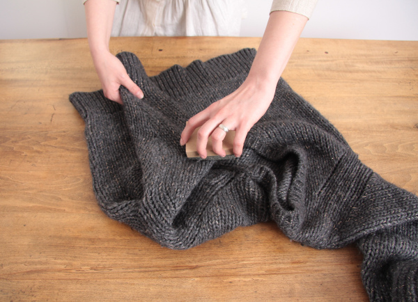 How to get rid of lint balls tipit musely - How to remove lint ...