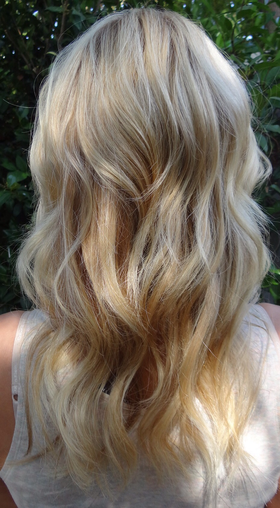 How To Lighten Blonde Hair Naturally Without Sun
