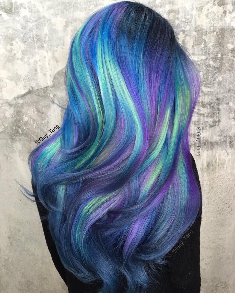 Как самому покрасить волосы в голубой цвет