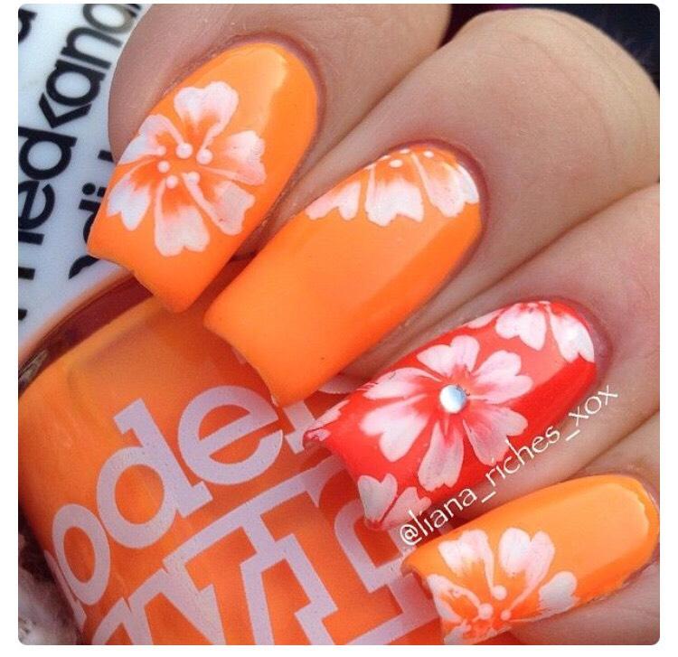 Дизайн ногтей оранжевого цвета новинки