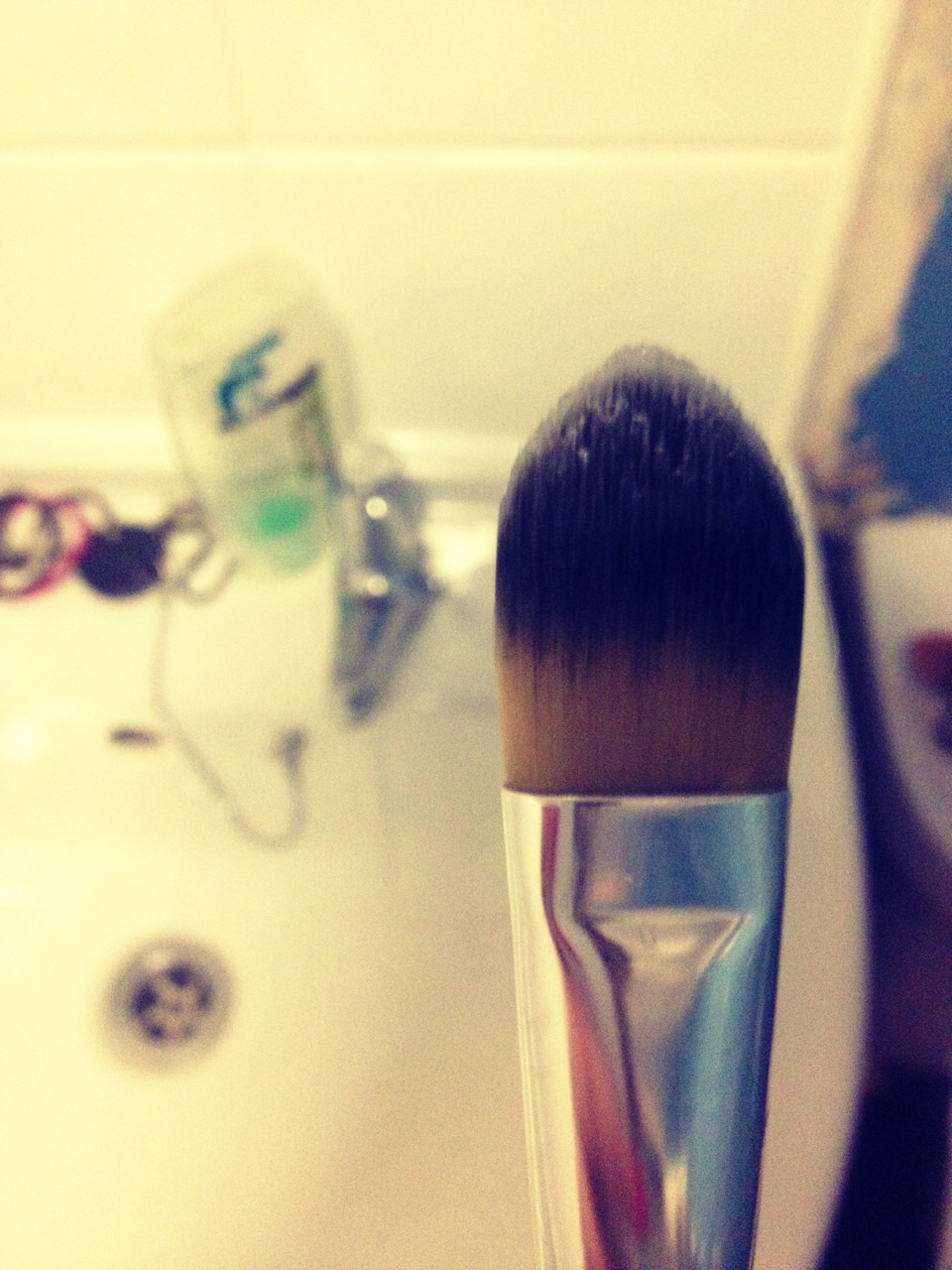 Best way to clean makeup brushes