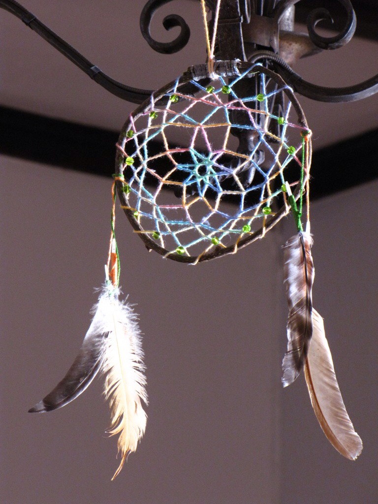 How to make a dream catcher musely for How to tie a dreamcatcher web