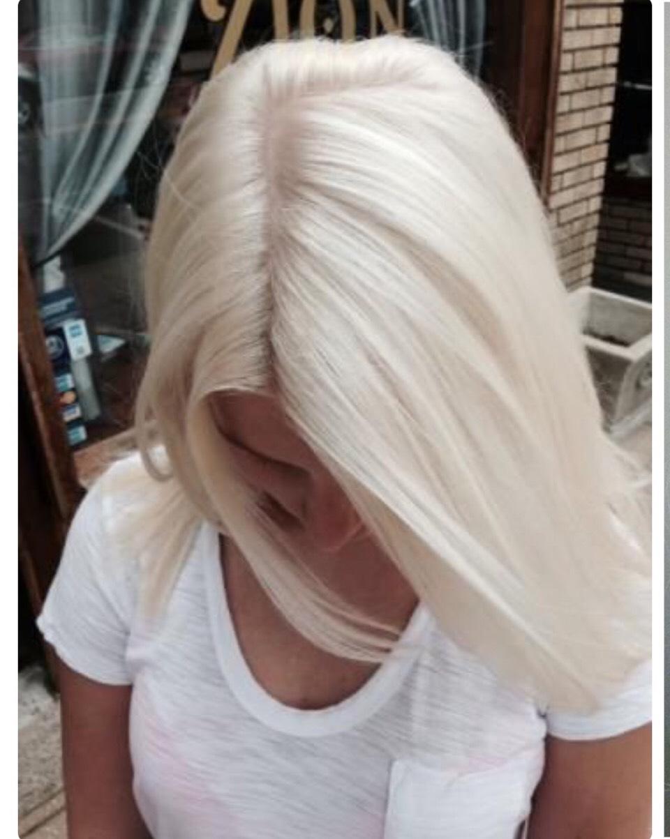 Покрасить волосы белый цвет
