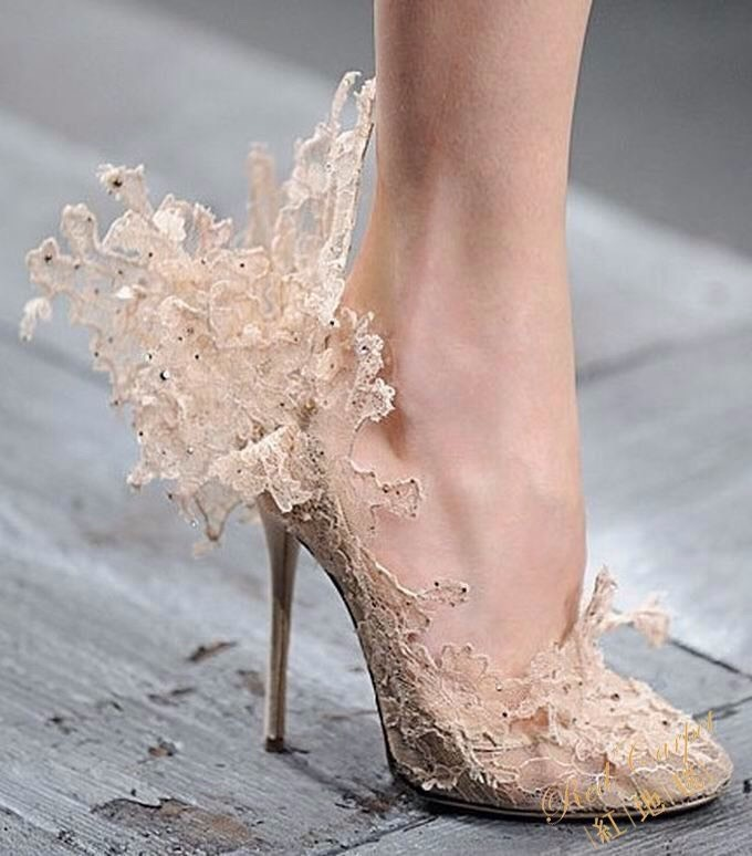 Туфли из кружева женские
