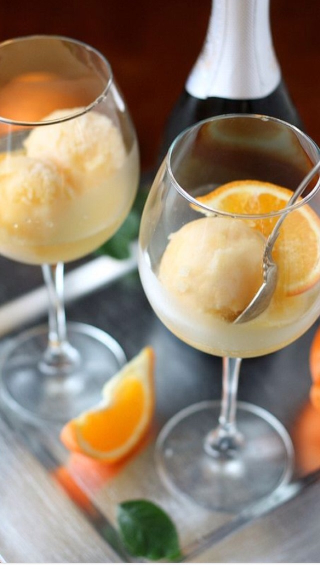 Tangerine Sorbet Champagne Float - Musely