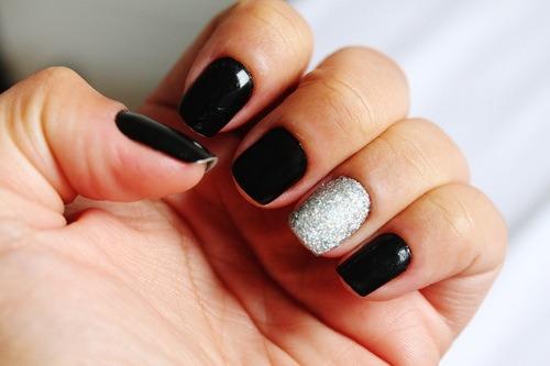 Черный маникюр дизайн на короткие ногти