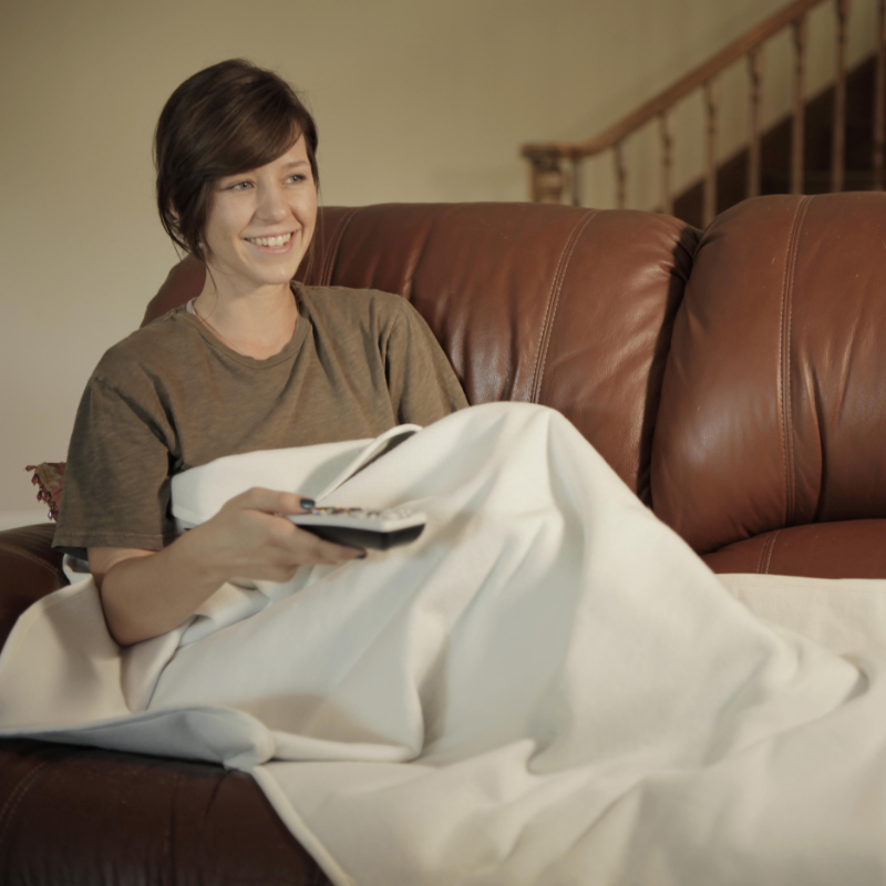 """Total Relaxation Blanket   Activates with Your Body Heat   60"""" x 40"""""""