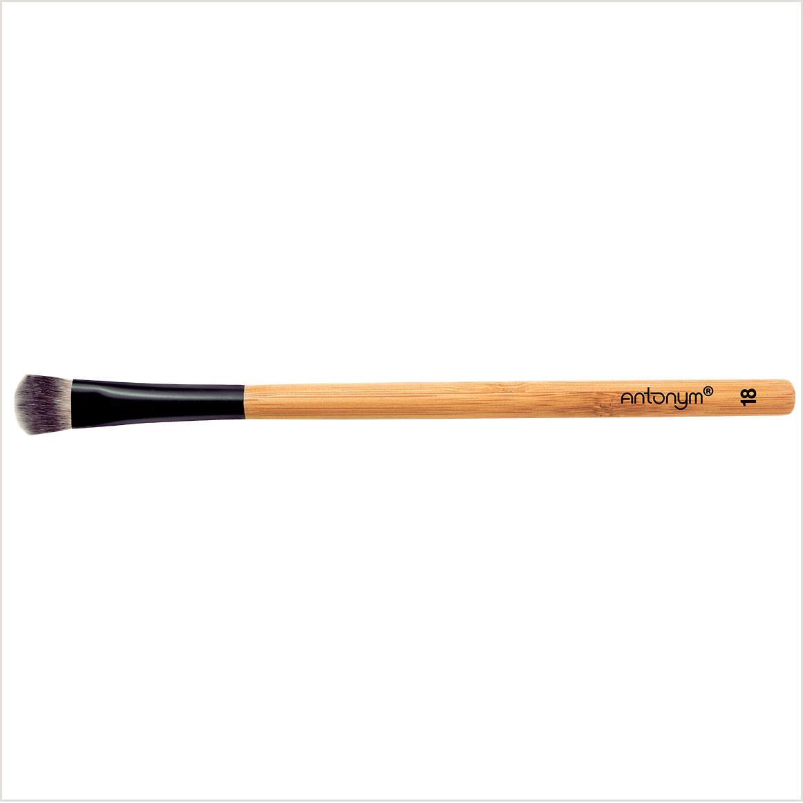 Med Long Eye Shader Brush #18