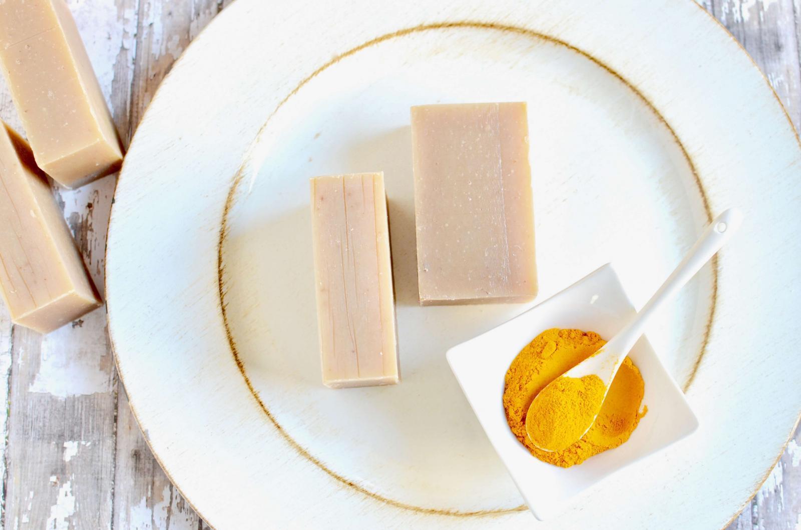 Turmeric Oatmeal Honey Face Wash