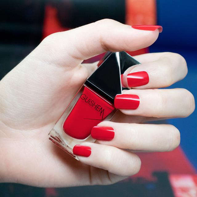 GUiSHEM Premium Nail Lacquer Crème True Red, Flame - 001