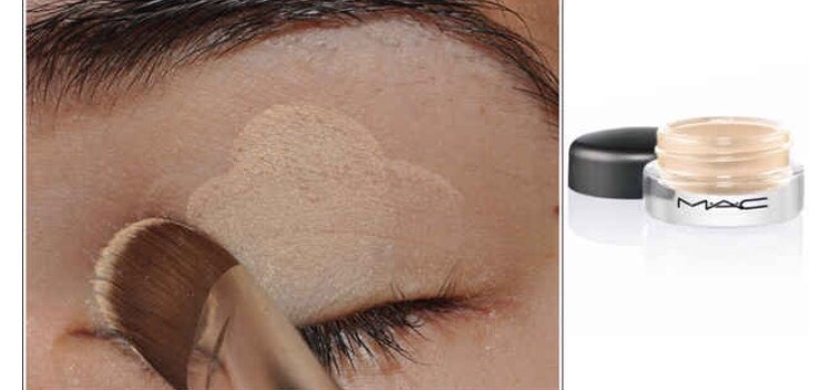 Use Mac paint pot in Soft Ochre underneath your eyeshadow to create a professionallook. Brush a coat ofit over your eyeshadow primer before you apply color.