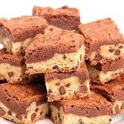 Yum, brownies and cookie dough? Separate they're both delicious. Now imagine them together 😍