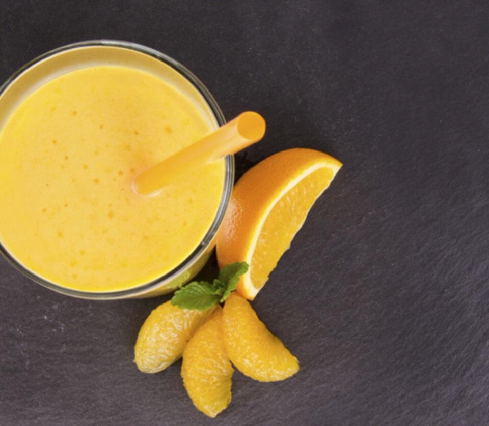 Orange Dream Creamsicle  - Serves 1 person  1 navel orange, peeled 1/4 c fat free half and half or fat free yogurt 2 tbsp frozen orange juice concentrate  1/4 vanilla extract 4 ice cubes