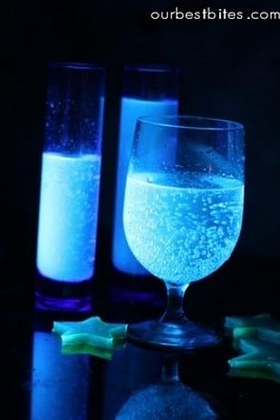 29. Glowing Cocktails  No need for fancy slime punch. Tonic water glows under a black light.