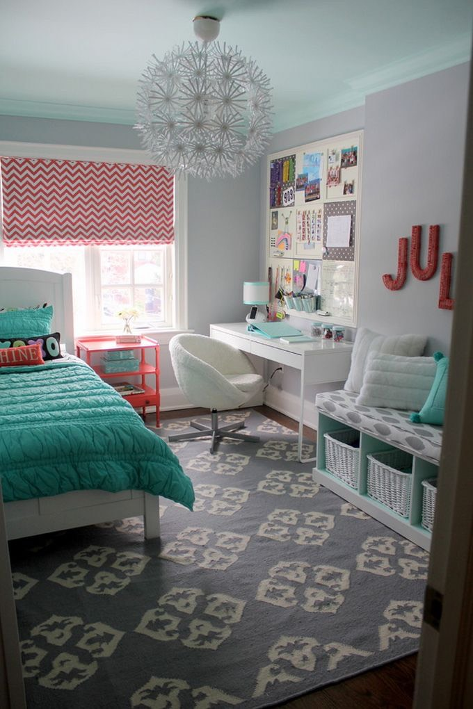 Want an adorable room full of DIY projects? This is the place you'll get them!!