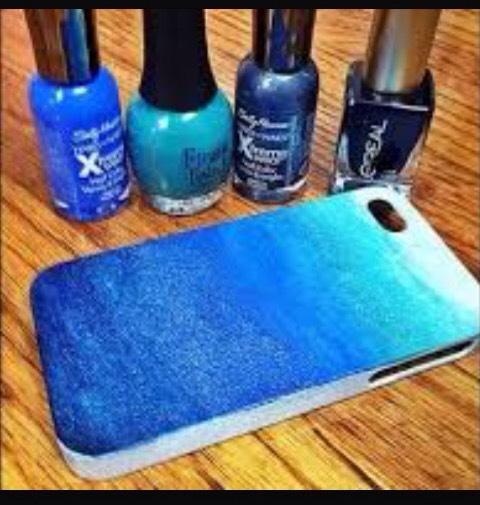 15. Ocean ombre phone case