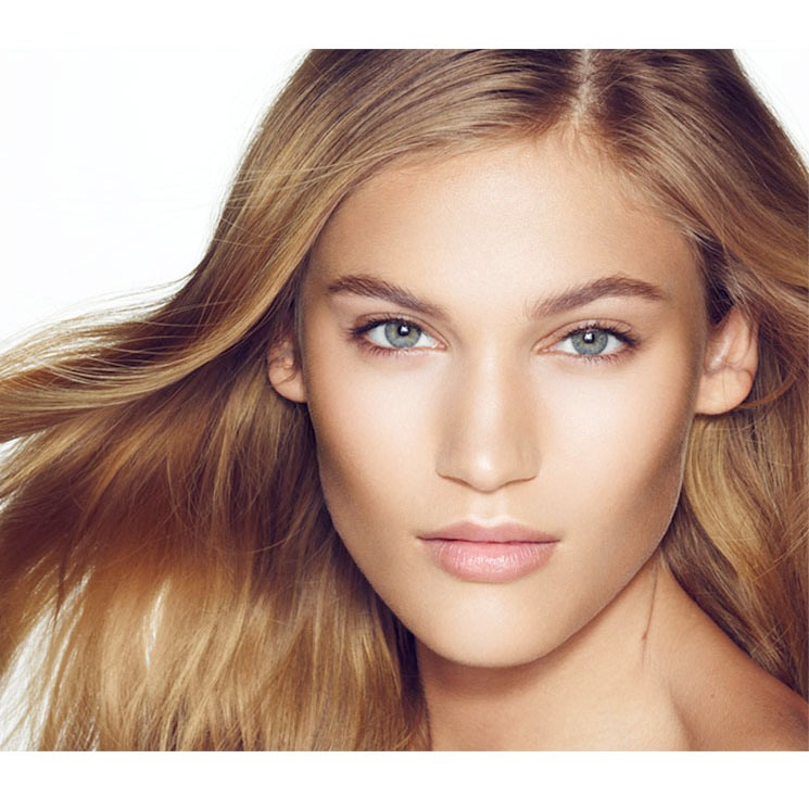 Add Oomph To Cheekbones To make your cheekbones appear higher and to give them more structure, apply bronzer directly under the cheekbone. You can also add highlighter to the cheekbone itself (under a thin layer of blush).