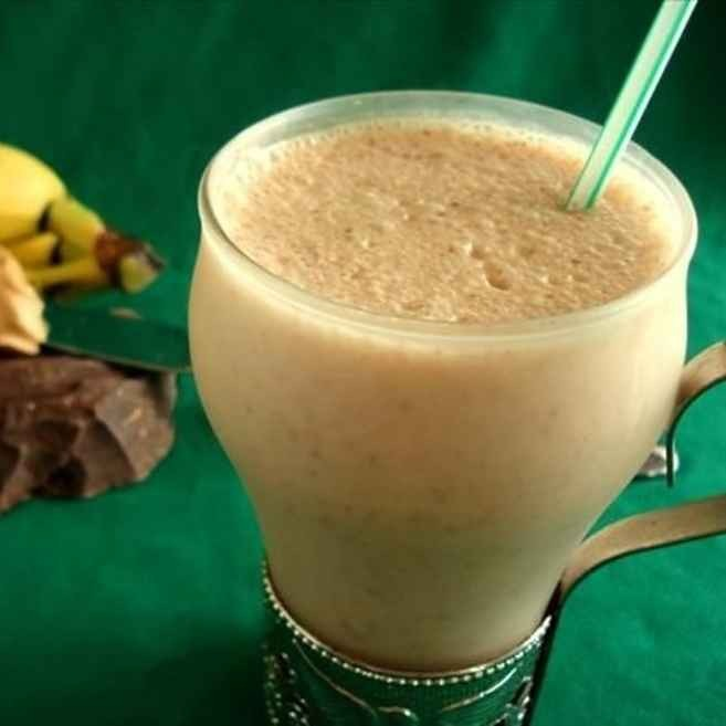 Scoop 2 tablespoons of your favorite peanut butter into your smoothie for 7 grams of protein and infinite grams of mmmmmmmm.