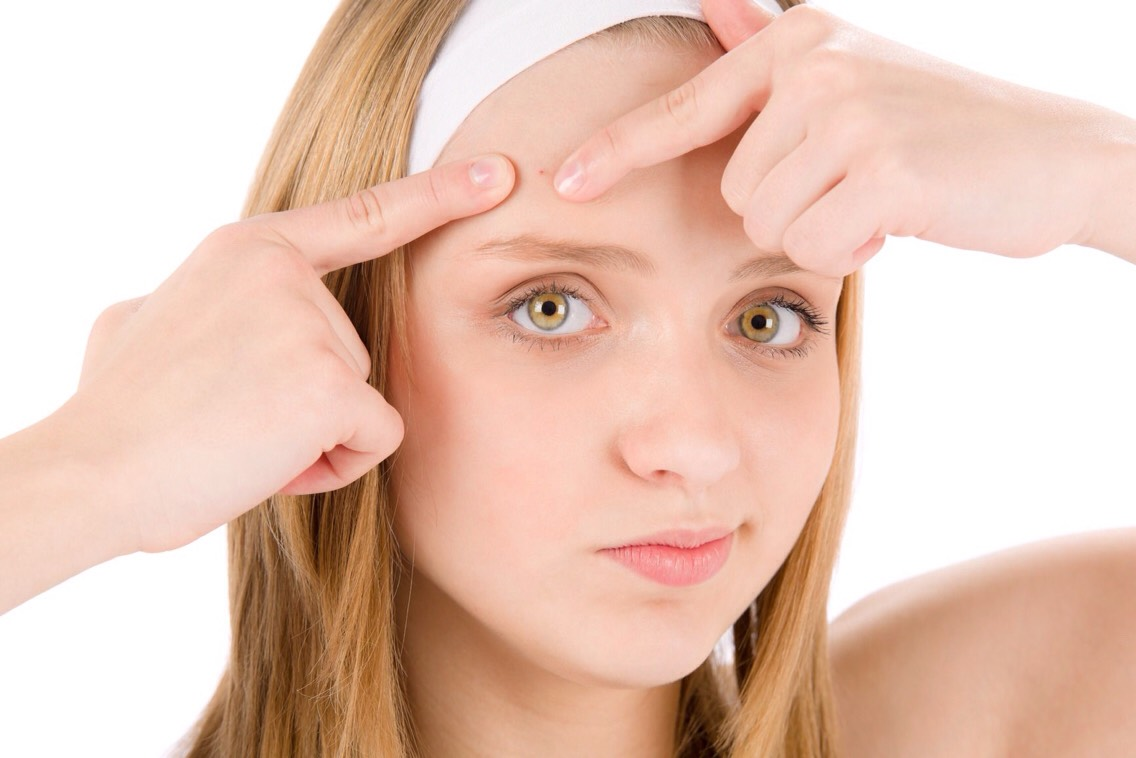 10. Acne Put coconut oil on large pimples to help them shrink or on a breakout to help it go away.