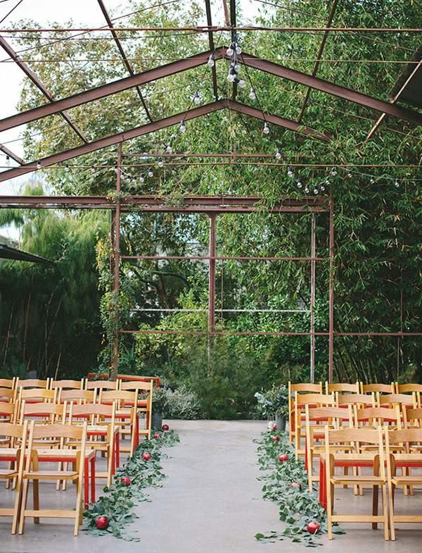 Farewell to barns, and hello to wide open spaces! Couples wanting a rustic wedding in 2016 will seek out venues where the outdoors plays a starring role. From greenhouses to vineyards, expect plenty of fresh air ceremonies and receptions.