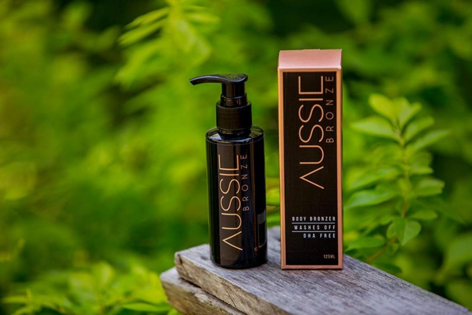 Get a healthy tan - sans sun You can get a healthy, glowy tan without ever stepping foot on a beach. Aussie Bronze is a vegan, plant-based, and 100% natural and toxin-free tinted moisturizer that gives you an instant perfect tan. It promises a safe and natural tan that will transform your skin from dull and pale to a gorgeous bronze - no orange in sight. The no-fuss tanner gives you instant results, and washes off in your next shower. Say goodbye to sun damaged skin and streaky spray tans - Aussie Bronze is a bottle full of sun goddess glow that you can rock all year long.