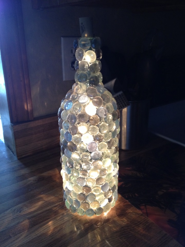 Diy Wine Bottle Lamp By Leslie Vargas Musely