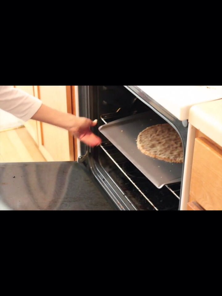 let it 12-15 minutes with a oven on 350°C