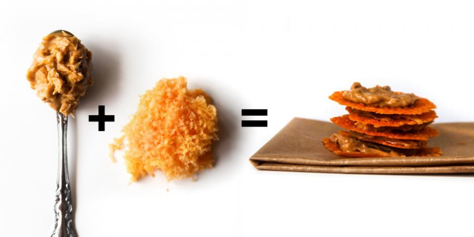 """6. Crunchy Peanut Butter + Shredded Cheddar Cheese = """"Ritz"""" Sandwich Crackers"""