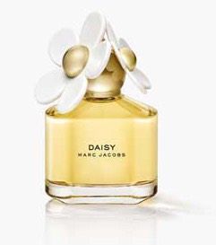 This is the perfume that matched up with the summery outfit and this is called DAISY so if you have a perfume like this it would be a great choice! 😃