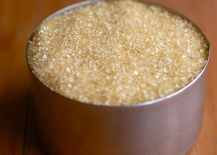 Coconut, Brown Sugar, and Vanilla Scrub  A basic, simple sugar scrub that can be whipped together in minutes.