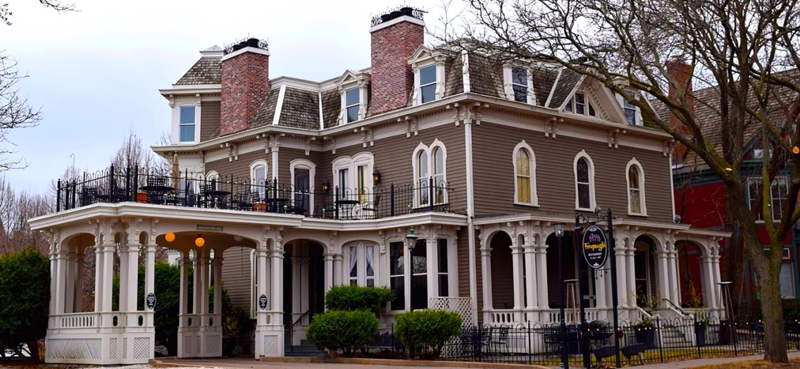 23.) Forepaugh's Restaurant, Minnesota Originally the mansion of Joespeh Forepaugh, this house is now a restaurant. Joespeh and his lover apparently killed themselves here and the woman's ghost apparently bangs on walls, causes glasses to explode, and can sometimes be seen, as well as Joespeh