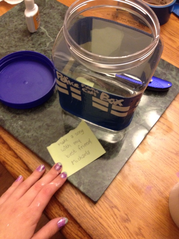 And done! Use your jar for anything you please!
