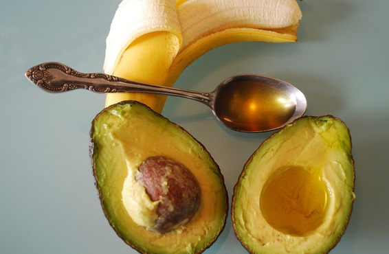 Want shiny soft luscious hair? All you need is  1 banana  1 avocado  1 tbs of olive oil   Mix those 3 ingredients together and massage into hair. Leave in hair for 30 minutes and then wash out with shampoo