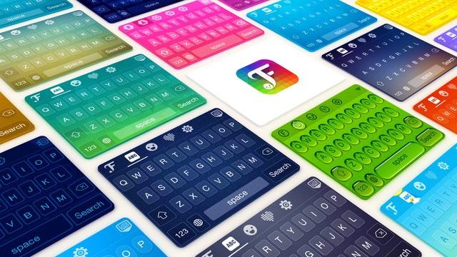 This app has lots of themes and different fonts you can use as well.  fαи¢укєу ιѕ αωєѕσмє! 🅕🅐🅝🅒🅨🅚🅔🅨 🅘🅢 🅐🅦🅔🅢🅞🅜🅔! F̥ͦḁͦn̥ͦc̥ͦy̥ͦk̥ͦe̥ͦy̥ͦ i̥ͦs̥ͦ ḁͦw̥ͦe̥ͦs̥ͦo̥ͦm̥ͦe̥ͦ! 🎏🅰🎵🍉🌱🎋📧🌱 📍⚡ 🅰ᗯ📧⚡⭕Ⓜ📧!! And theres so much more!