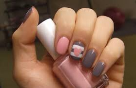 Simple cute nails grey and pink
