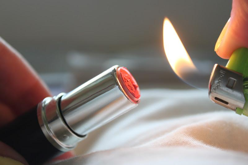 10. To fix a broken lipstick, use a lighter to heat up the part that's still in the tube, then press the broken end back on top. Heat up the seam with your lighter to make a seal. Let the lipstick cool in the refrigerator for 15-30 minutes.