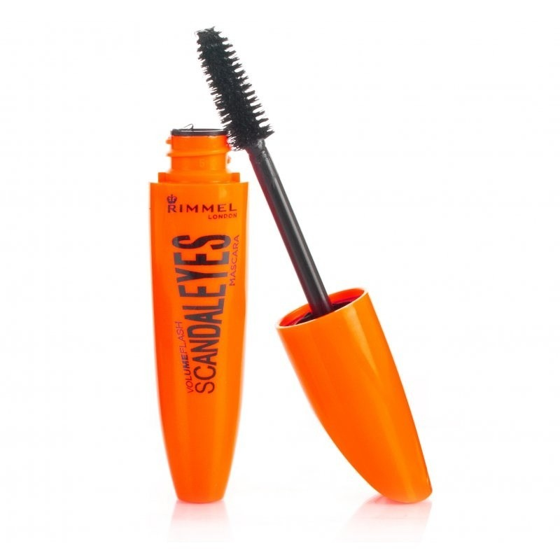 1-first Use a mascara who is going to make your eyelashes bigger