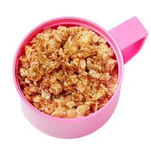 Oatmeal with brown sugar and cinnamon  Green-bean letters  Applesauce cup